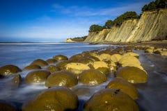 Spiaggia della palla da bowling fotografia stock libera da diritti