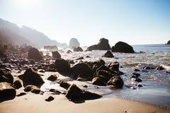 Spiaggia della roccia di miglio Immagine Stock