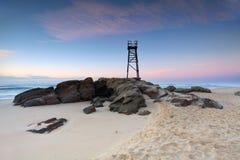 Spiaggia della testarossa, NSW Australia appena prima alba Fotografia Stock Libera da Diritti