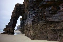 Spiaggia delle cattedrali a Ribadeo, Lugo, Galizia fotografia stock libera da diritti