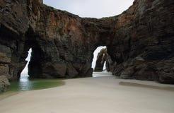 Spiaggia delle cattedrali a Ribadeo, Spagna fotografia stock libera da diritti