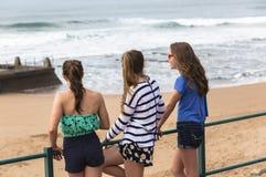 Spiaggia delle ragazze Fotografia Stock