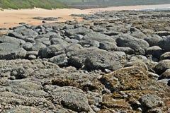 Spiaggia delle rocce fotografia stock
