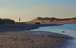 Spiaggia di Alnmouth, di primo mattino e baia Fotografia Stock