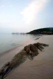 Spiaggia di Ao Lungdam all'isola del samet in Tailandia Immagine Stock
