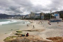 Spiaggia di Arpoador in Rio de Janeiro Fotografia Stock Libera da Diritti