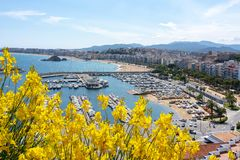 Spiaggia di Blanes e porto, Spagna immagini stock libere da diritti