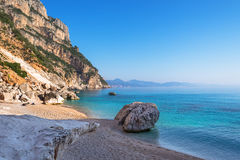 Spiaggia di Cala Goloritze, Sardegna, Italia immagini stock libere da diritti
