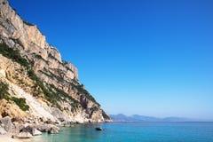 Spiaggia di Cala Goloritze, Sardegna, Italia immagine stock