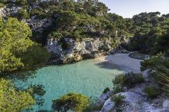 Spiaggia di Cala Macarelleta, Menorca, Isole Baleari, Spagna immagini stock