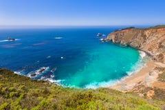 Spiaggia di California in Big Sur in itinerario 1 della contea di Monterey immagine stock libera da diritti