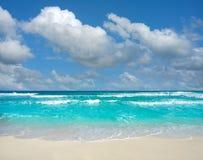 Spiaggia di Cancun Delfines alla zona Messico dell'hotel Fotografia Stock Libera da Diritti