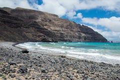 Spiaggia di Cantera della La di Lanzarote Orzola Playa Immagini Stock Libere da Diritti