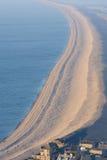 Spiaggia di Chesil vicino a Portland in Weymouth Dorset Fotografie Stock