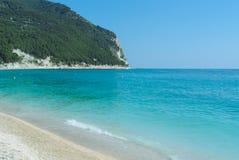 Spiaggia di Conero in Italia Immagini Stock Libere da Diritti