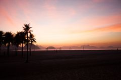 Spiaggia di Copacabana  Immagini Stock Libere da Diritti