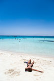 Spiaggia di corallo fotografie stock libere da diritti