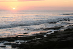 Spiaggia di Cresent, alba di Florida immagine stock