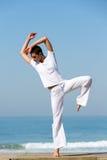 Spiaggia di dancing del ballerino Immagini Stock Libere da Diritti