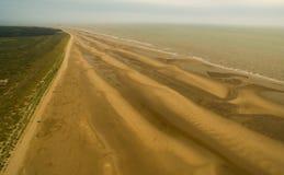 Spiaggia di Englands Formby dalla prospettiva aerea fotografie stock