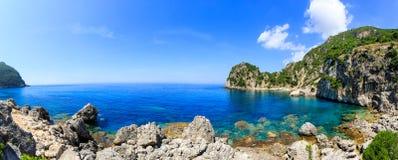 Spiaggia di Ermones sull'isola di Corfù fotografia stock