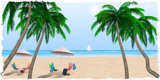 Spiaggia di estate dal mare, oceano Immagine Stock