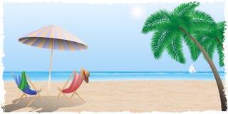 Spiaggia di estate dal mare, oceano Fotografie Stock Libere da Diritti