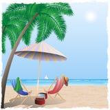 Spiaggia di estate dal mare, oceano Fotografia Stock Libera da Diritti