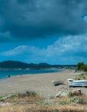 Spiaggia di Faliraki un giorno nuvoloso Immagini Stock Libere da Diritti