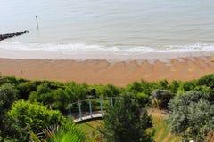 Spiaggia di Folkestone e percorso Risonanza Regno Unito di zigzag Immagine Stock Libera da Diritti