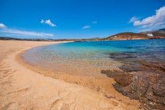 Spiaggia di Ftelia in Mykonos Fotografia Stock