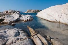 Spiaggia di granito bianco Fotografia Stock Libera da Diritti