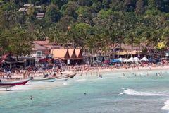 Spiaggia di Haad Rin prima delle celebrazioni del nuovo anno Isola Koh Phangan, Tailandia Immagine Stock