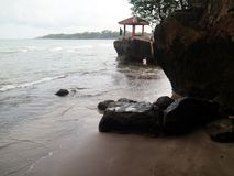 Spiaggia di Karang Bolong fotografia stock libera da diritti
