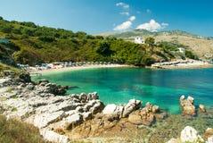 Spiaggia di Kassiopi, isola di Corfù, Grecia fotografia stock