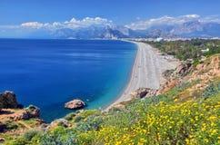 Spiaggia di Konyaalti, Adalia Immagine Stock