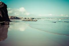 Spiaggia di Las Catedrales in Galizia, Spagna Spiaggia di paradiso in Ribade Immagini Stock Libere da Diritti