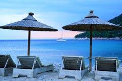 Spiaggia di Limnonari, Skopelos, Grecia fotografia stock