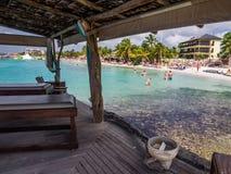 Spiaggia di mambo - letti di massaggio Immagini Stock Libere da Diritti