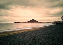 Spiaggia di Medano nell'ora dorata fotografia stock libera da diritti