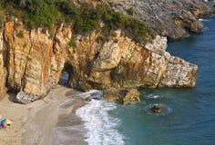 Spiaggia di Mylopotamos a Pelion in Grecia Fotografie Stock Libere da Diritti