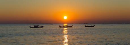 Spiaggia di Ngapali con la sabbia bianca, Myanmar immagine stock
