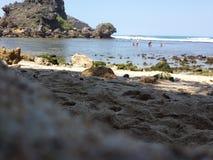 Spiaggia di Nglambor di Yogyakarta Fotografia Stock Libera da Diritti