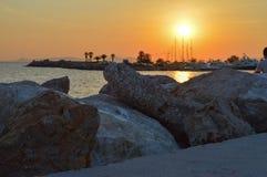 Spiaggia di notte di Glyfada in Glyfada, Atene, Grecia il 14 giugno 2017 Fotografie Stock Libere da Diritti
