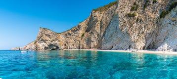 Spiaggia di Paradise, costa di mare ionico, isola di Corfù, Grecia immagine stock libera da diritti