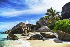 Spiaggia di paradiso all'argento del ` di fonte d del anse sulle Seychelles 116 Immagini Stock Libere da Diritti