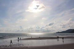 Spiaggia di Patong, Phuket, Tailandia Fotografia Stock Libera da Diritti