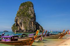 Spiaggia di Phra Nang nella provincia di Krabi della Tailandia l'asia fotografia stock libera da diritti