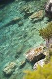 Spiaggia di pietra del mare Immagini Stock