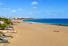 Spiaggia di Playa de Matagorda a Lanzarote, Spagna Immagini Stock